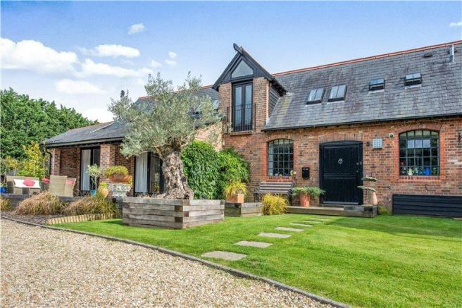 3 Bedroom House For Sale In The Old Stable Yard
