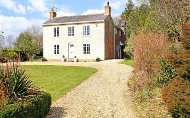 4 Bedroom Detached House For Sale In West Morden Wareham