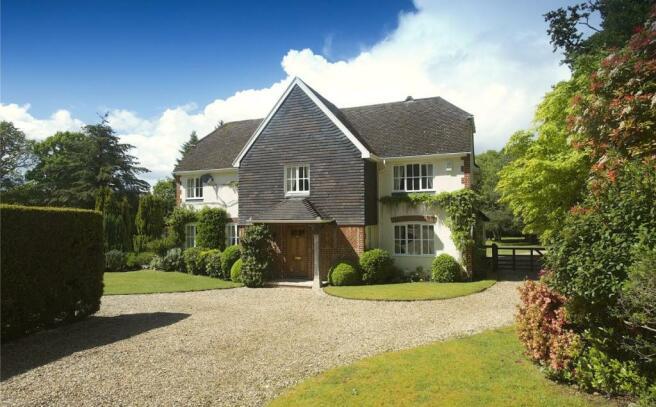 4 Bedroom Detached House For Sale In Grange Road Wareham