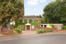 5 bed Detached house in Illingworth, Windsor...