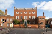 8 bedroom semi detached property in Sheet Street, Windsor...