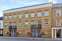3 bed Terraced home for sale in Kings Road, Windsor...