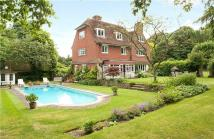 6 bed Detached property in Church Road...