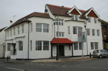 property to rent in High Street Hampton