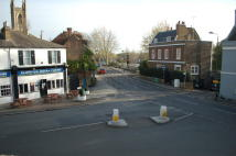 property to rent in 1 The High Street