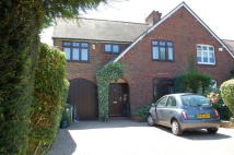4 bed semi detached property for sale in LOWER SUNBURY