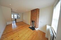 Cottage to rent in Queens Road, East Sheen...