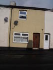 Terraced home to rent in 8 Park Street, Tiverton...