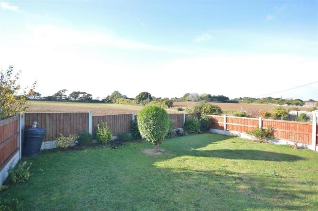 GARDEN WITH VIEWS TO