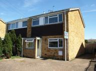 3 bedroom semi detached house to rent in Witney