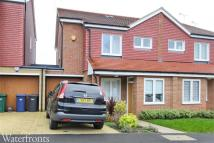 semi detached home to rent in Carter Close, Barnet