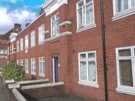 2 bed Flat to rent in Grove Lodge, Cross Deep...