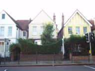 2 bed Ground Flat to rent in Whitton Road, Twickenham...
