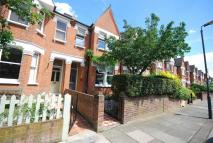 3 bed Terraced home in Grove Avenue, Twickenham
