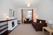 2 bed semi detached home in Brookfield Road, London
