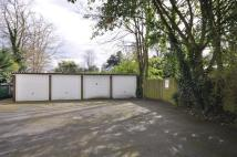 Garage to rent in Grandfield Court...