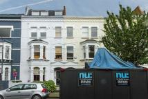 4 bedroom Terraced house in Chesilton Road, London