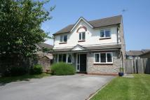 Detached house in Clos Ogney...