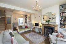 4 bed property in White Hart Lane, London...