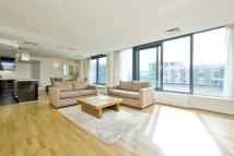 Flat in 41 Millharbour...