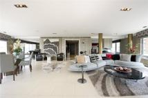 3 bedroom Penthouse for sale in New Providence Wharf...