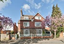 6 bed Detached home in Queen Annes Gardens...