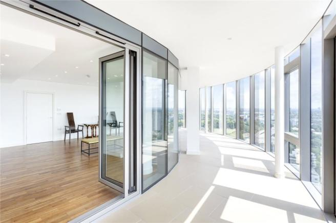 2 bedroom flat for sale in The Tower Kew Eye Apartments Ealing