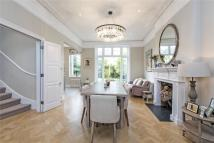 5 bed Detached home in St. James's Drive...
