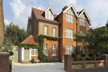 6 bed semi detached house in Riggindale Road, London...