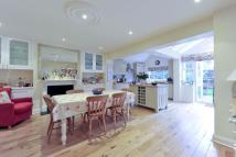 4 bed Terraced house for sale in Tantallon Road, London...