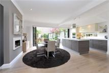 4 bed semi detached home in Thurleigh Avenue, London...