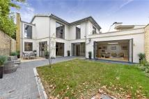 5 bed new property in Trinity Crescent, London...