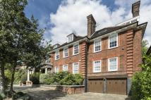 3 bed Flat for sale in Greenaway Gardens...