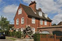 5 bed semi detached house for sale in Asmuns Hill, London...