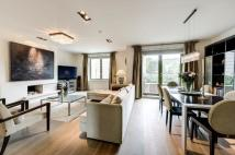 Flat in Tasker Lodge, Kensington...