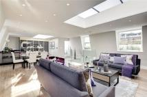 3 bedroom Maisonette for sale in Kensington...