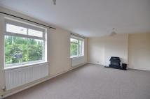 3 bed Apartment in Baldwins Lane...