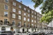 2 bed Flat for sale in Cadogan Place, London...