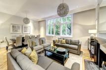 3 bed Maisonette for sale in Cadogan Gardens, London...