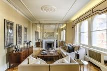 3 bed Flat for sale in Sloane Terrace Mansions...
