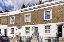 3 bedroom Terraced property in First Street, London, SW3