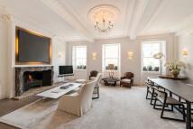 2 bedroom Flat in Eaton Place, London, SW1X