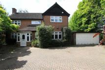 Detached home in Long Lane, Ickenham