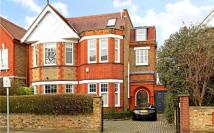 6 bed property in Malbrook Road, Putney...