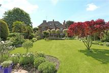 7 bedroom Detached property in Parkmead, London...