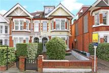 5 bed semi detached property in Howards Lane, London...