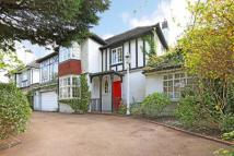 6 bed Detached property in Crestway, London...