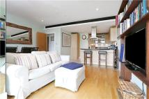 2 bed Flat in Putney Wharf Tower...