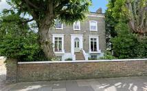 5 bedroom home in Melrose Road, Wandsworth...