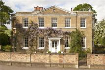 7 bedroom Detached home in Ham Common, Ham, Surrey...